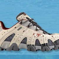 Vends Chaussure de randonnées basse TECHNICA